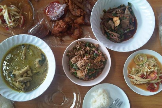 Bua Pan Restaurant in Korat – Isaan Food